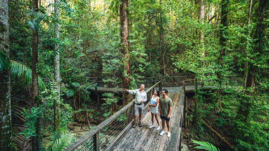 Fraser Island Tours Eurong Beach Resort Fraser Island